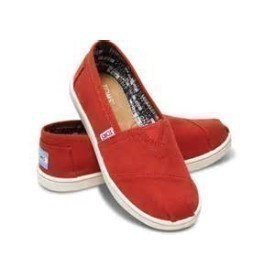 Toms Youth Classic Red Canvas Shoe Thumbnail